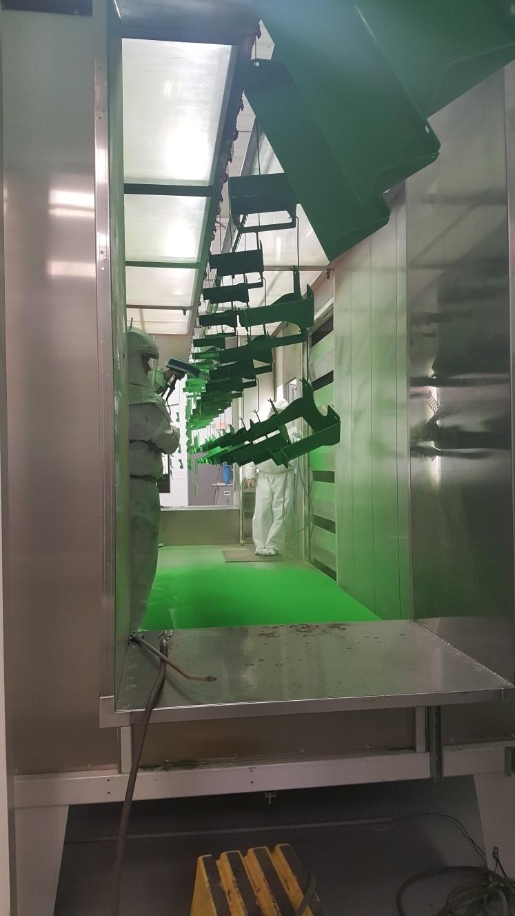 NPF installs Colmet/Parker Ionics booth